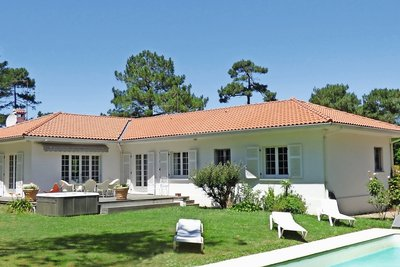 House for sale in ANGLET  - 8 rooms - 275 m²