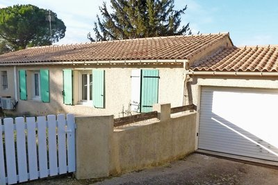 House for sale in MONTELIMAR  - 5 rooms - 100 m²