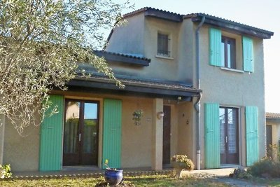 House for sale in MONTELIMAR  - 6 rooms - 100 m²