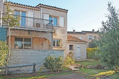 House for sale in ROQUEBRUNE-SUR-ARGENS  - 4 rooms - 77 m²