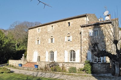 House for sale in UZES  - 8 rooms - 250 m²