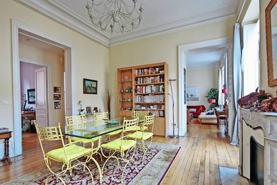 Apartment for sale in BORDEAUX  - 6 rooms - 172 m²