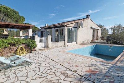 House for sale in ROQUEBRUNE-SUR-ARGENS  - 7 rooms - 138 m²