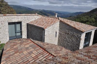 ALBON- Maison à vendre - 5 pièces - 210 m²