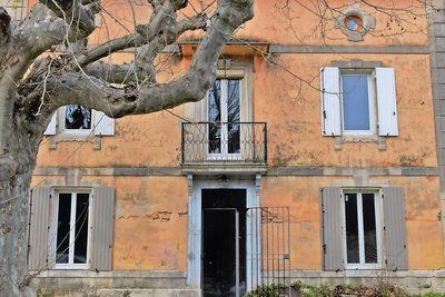House for sale in ST-REMY-DE-PROVENCE  - 5 rooms - 250 m²