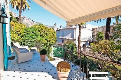 Apartment for sale in BEAULIEU-SUR-MER  - 4 rooms