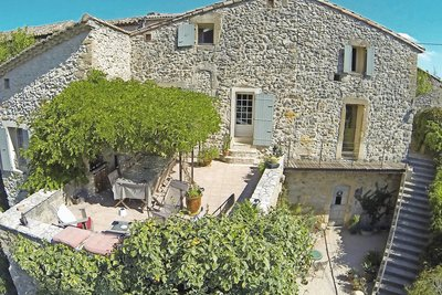 House for sale in UZES  - 6 rooms - 180 m²
