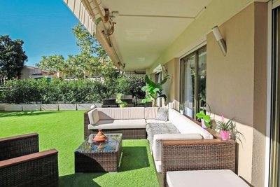 Apartment for sale in LE CANNET  - 3 rooms - 94 m²
