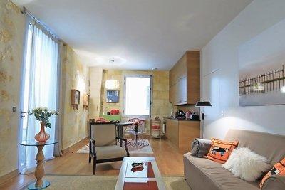 Apartment for sale in BORDEAUX  - 2 rooms - 43 m²