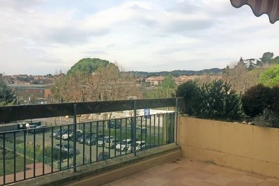 Apartment for sale in AIX-EN-PROVENCE  - 3 rooms - 70 m²