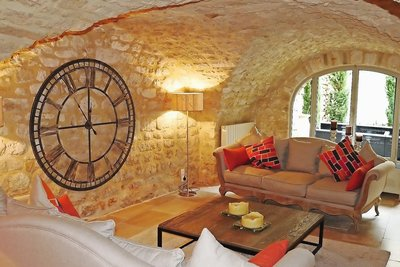 House for sale in UZES  - 5 rooms - 195 m²