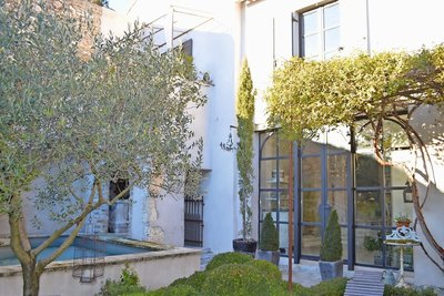 House for sale in UZES  - 10 rooms - 265 m²
