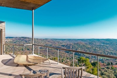 House for sale in GRASSE  - 6 rooms - 280 m²