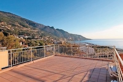 Apartment for sale in MENTON  - 3 rooms - 60 m²