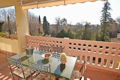 Apartment for sale in AIX-EN-PROVENCE  - 4 rooms - 98 m²