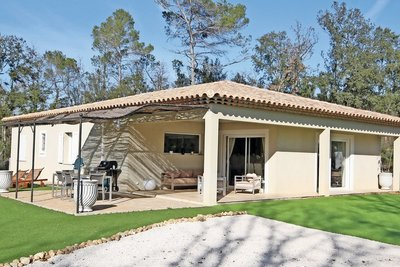 House for sale in LORGUES  - 4 rooms - 130 m²