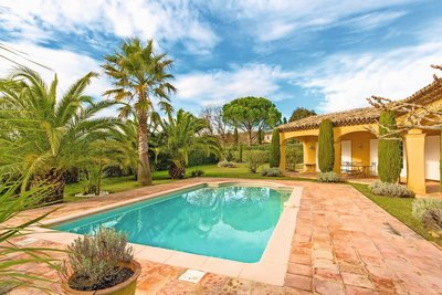 House for sale in GRIMAUD  - 4 rooms - 180 m²