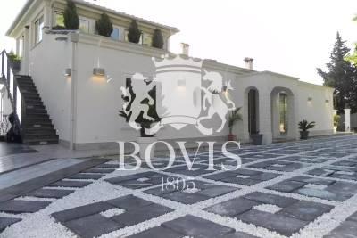 GATTIÈRES- Maison à vendre - 11 pièces - 362 m²