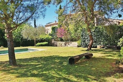 House for sale in UZES  - 6 rooms - 330 m²