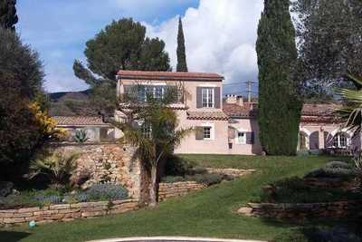 Maison à vendre à SANARY-SUR-MER  - 16 pièces - 310 m²