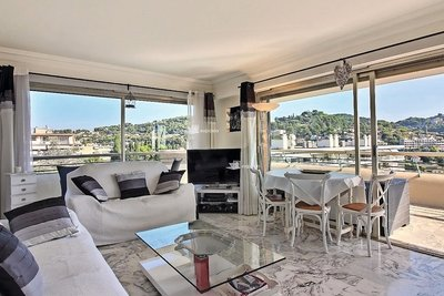 Apartment for sale in LE CANNET