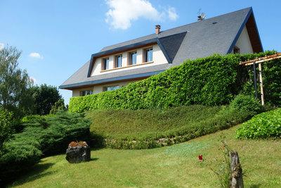 Maison à vendre à AMBERIEU-EN-BUGEY  - 9 pièces - 320 m²