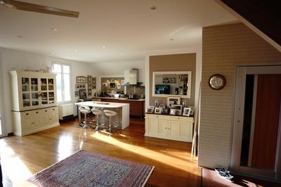 Apartment for sale in ARCACHON  - 4 rooms - 153 m²