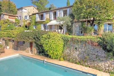 House for sale in MOUGINS  - 7 rooms - 300 m²