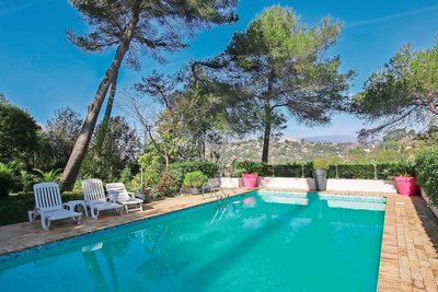 House for sale in MOUGINS  - 6 rooms - 156 m²