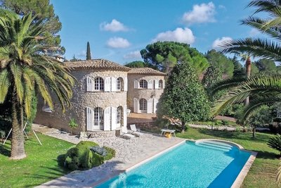 House for sale in MOUGINS  - 7 rooms - 228 m²