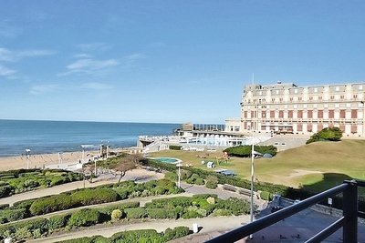 Apartment for sale in BIARRITZ  - 8 rooms - 238 m²