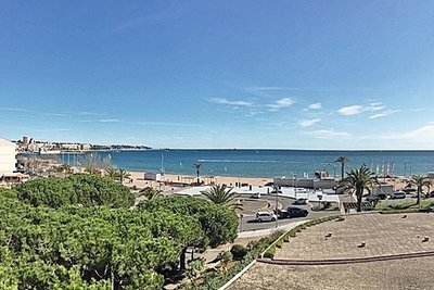 Apartment for sale in FREJUS  - 2 rooms - 57 m²