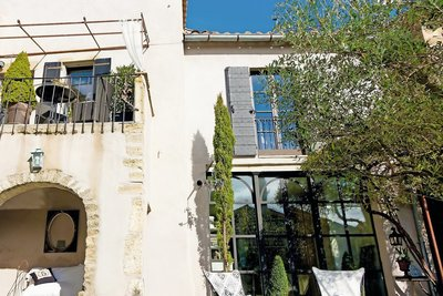 House for sale in UZES  - 12 rooms - 269 m²