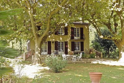House for sale in UZES  - 9 rooms - 295 m²
