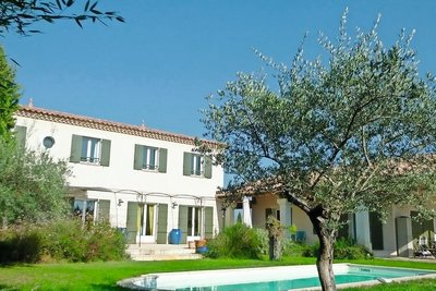 House for sale in UZES  - 9 rooms - 255 m²