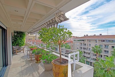 Apartment for sale in CANNES  - 3 rooms - 84 m²