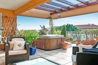 Apartment for sale in ANTIBES  - 4 rooms - 117 m²