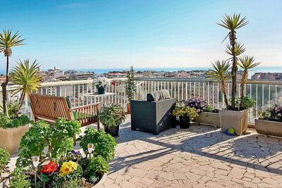 Apartment for sale in ANTIBES  - 4 rooms - 128 m²