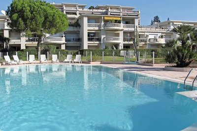 Apartment for sale in CAGNES-SUR-MER  - 2 rooms - 58 m²