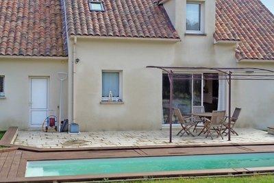 - 6 rooms - 135 m²