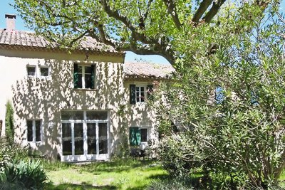 House for sale in ST-REMY-DE-PROVENCE  - 6 rooms - 200 m²