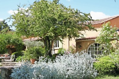 House for sale in ST-REMY-DE-PROVENCE  - 5 rooms - 24599 m²