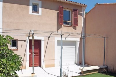 House for sale in ROQUEBRUNE-SUR-ARGENS  - 4 rooms - 83 m²