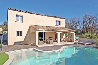 House for sale in MOUGINS  - 5 rooms - 175 m²