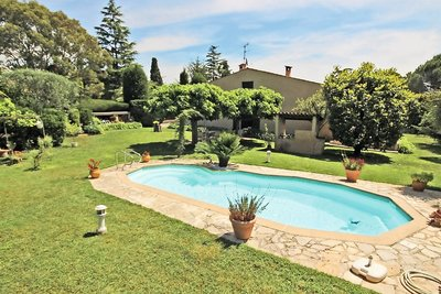 House for sale in MOUGINS  - 5 rooms - 142 m²
