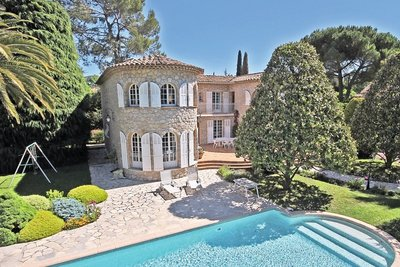 House for sale in MOUGINS  - 5 rooms - 228 m²