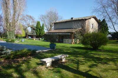 Maison à vendre à VALENCE  - 10 pièces - 250 m²