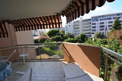 JUAN-LES-PINS- Appartement à vendre - 2 pièces - 50 m²