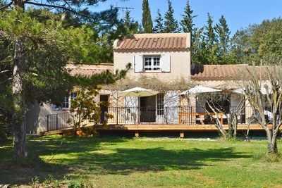 House for sale in UZES  - 6 rooms - 145 m²
