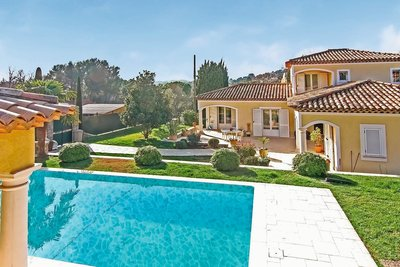House for sale in MOUGINS  - 6 rooms - 170 m²